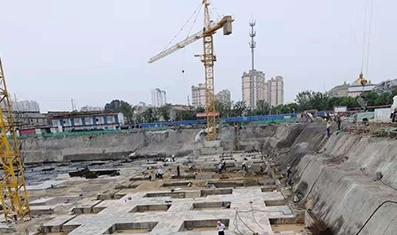 淮安区东南医院地下车库底板施工